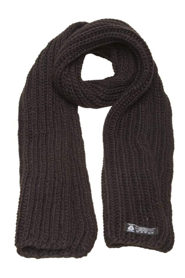 Varmt halstørklæde i blød strik med uld. - Tørklæder og halstørklæder - Samsø Nature