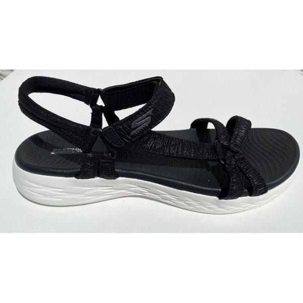 Skechers ON-THE-GO sandal. TILBUD